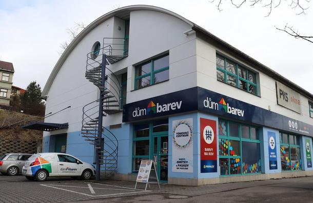 Představujeme partnera FCV: prodejní síť DŮM BAREV