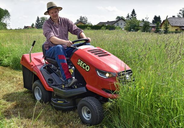 České zahradní traktory podporují FC Vysočina!